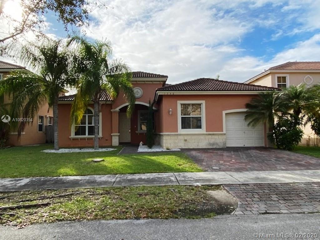 1740 SE 19th Ave  For Sale A10820354, FL