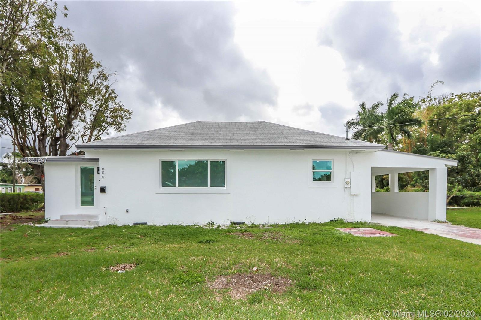 606 NW 4th St  For Sale A10820247, FL