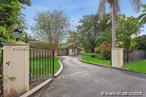 6282 SW 133 ST  For Sale A10819022, FL