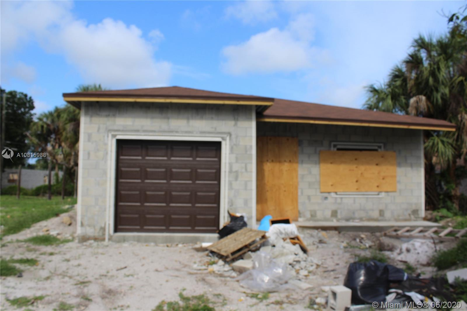 310 NW 28 Terr  For Sale A10815988, FL