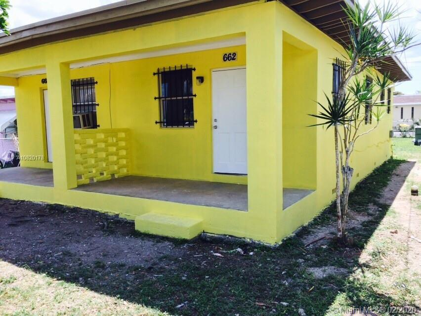 660 SW 7th St  For Sale A10820178, FL