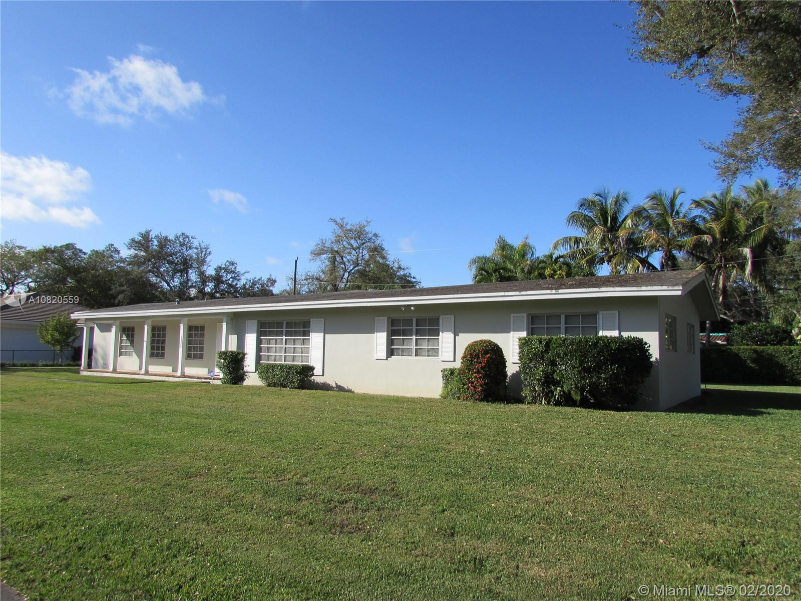 5835 SW 100th Ter  For Sale A10820559, FL