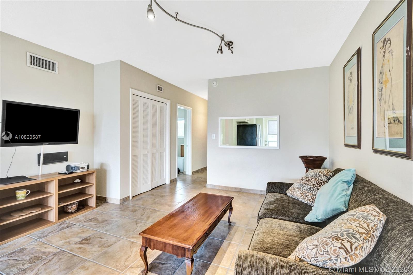 1000 SW 12th St #202 For Sale A10820587, FL