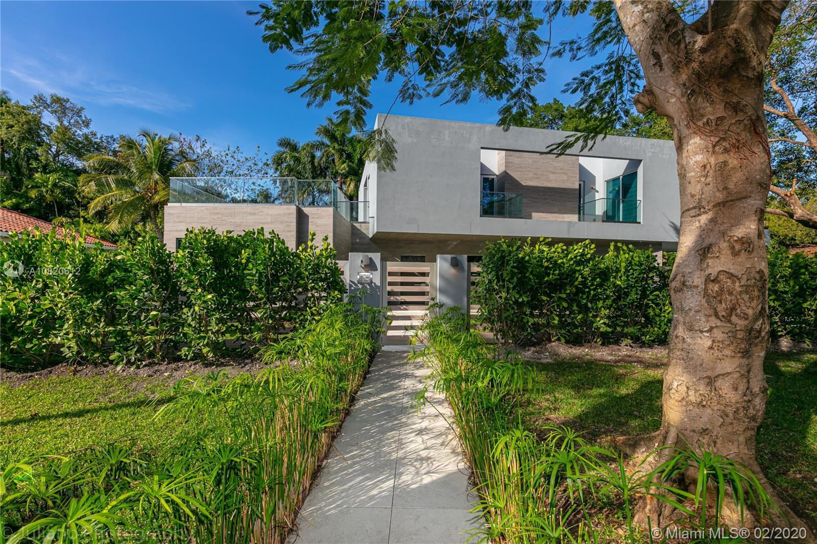 3709  Poinciana Ave  For Sale A10820612, FL