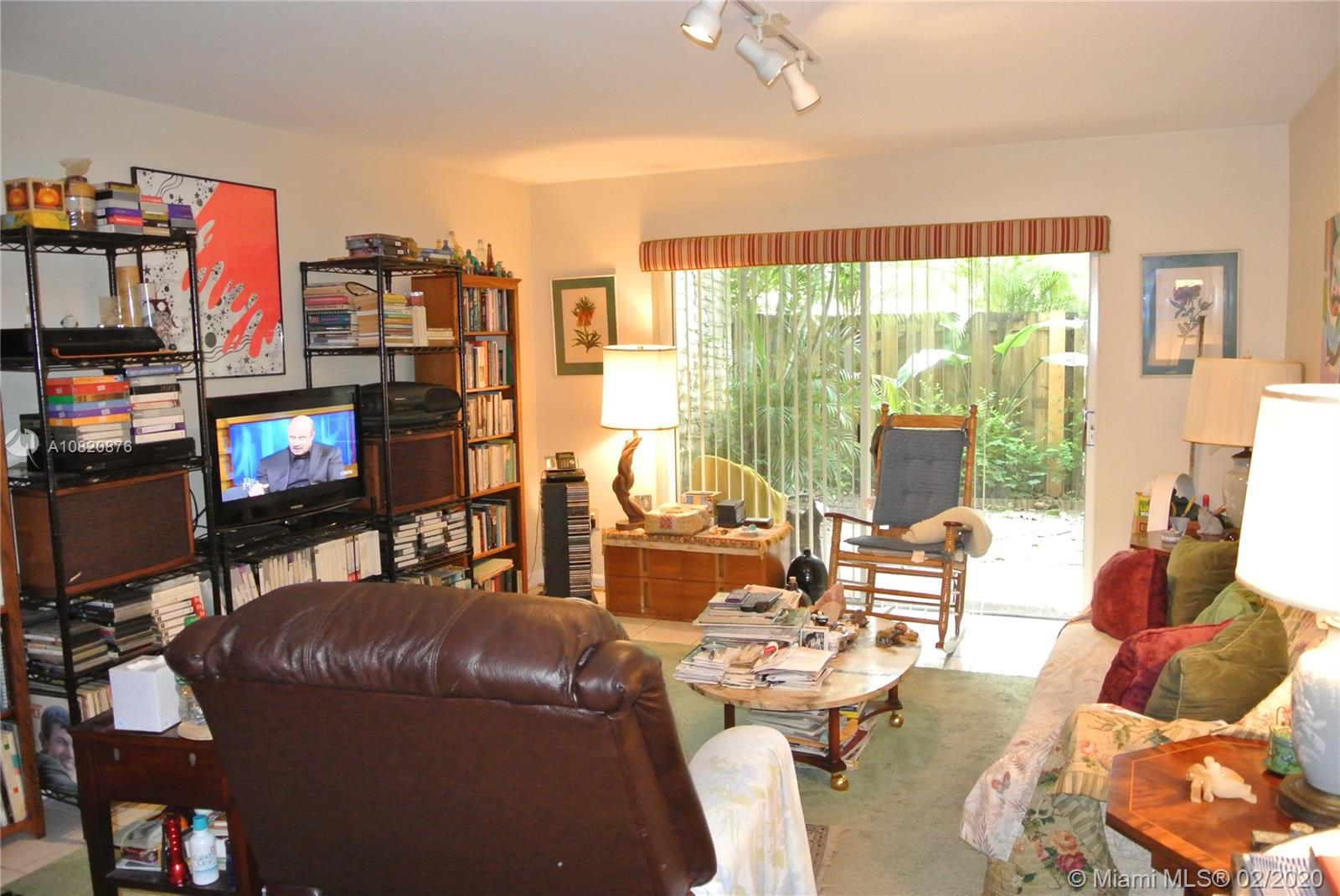 6886 N Kendall Dr #D105 For Sale A10820876, FL