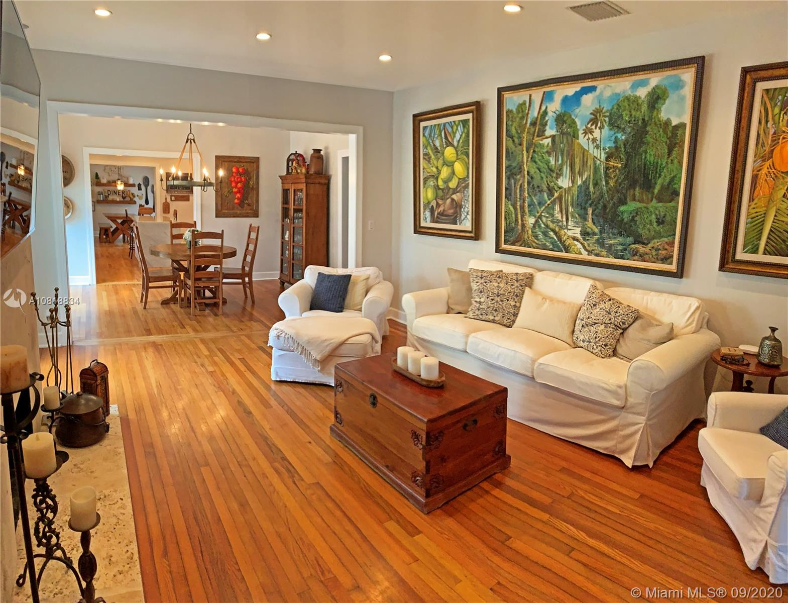 537  San Lorenzo Ave  For Sale A10818834, FL