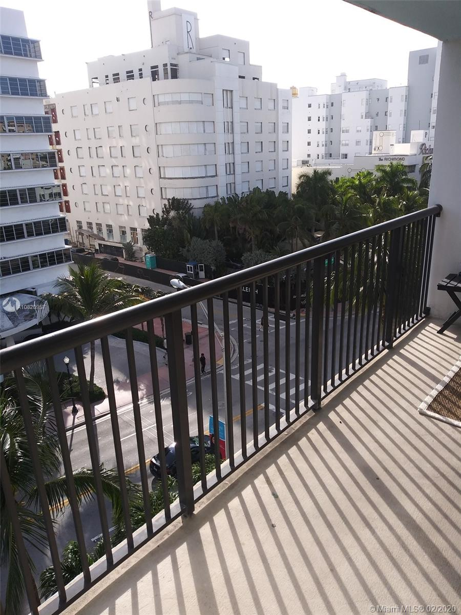 1800  Collins Ave #7C For Sale A10820957, FL
