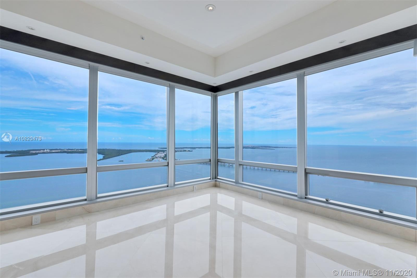 BEAUTIFUL F LINE HIGH FLOOR OFERRING MAGNIFICENT VIEWS - MARBLE THROUGHT & WOOD I N BEDROOOMS - FULLY RENOVATED . MUST SEE WILLNOT LAST . BEST $ PER SF 