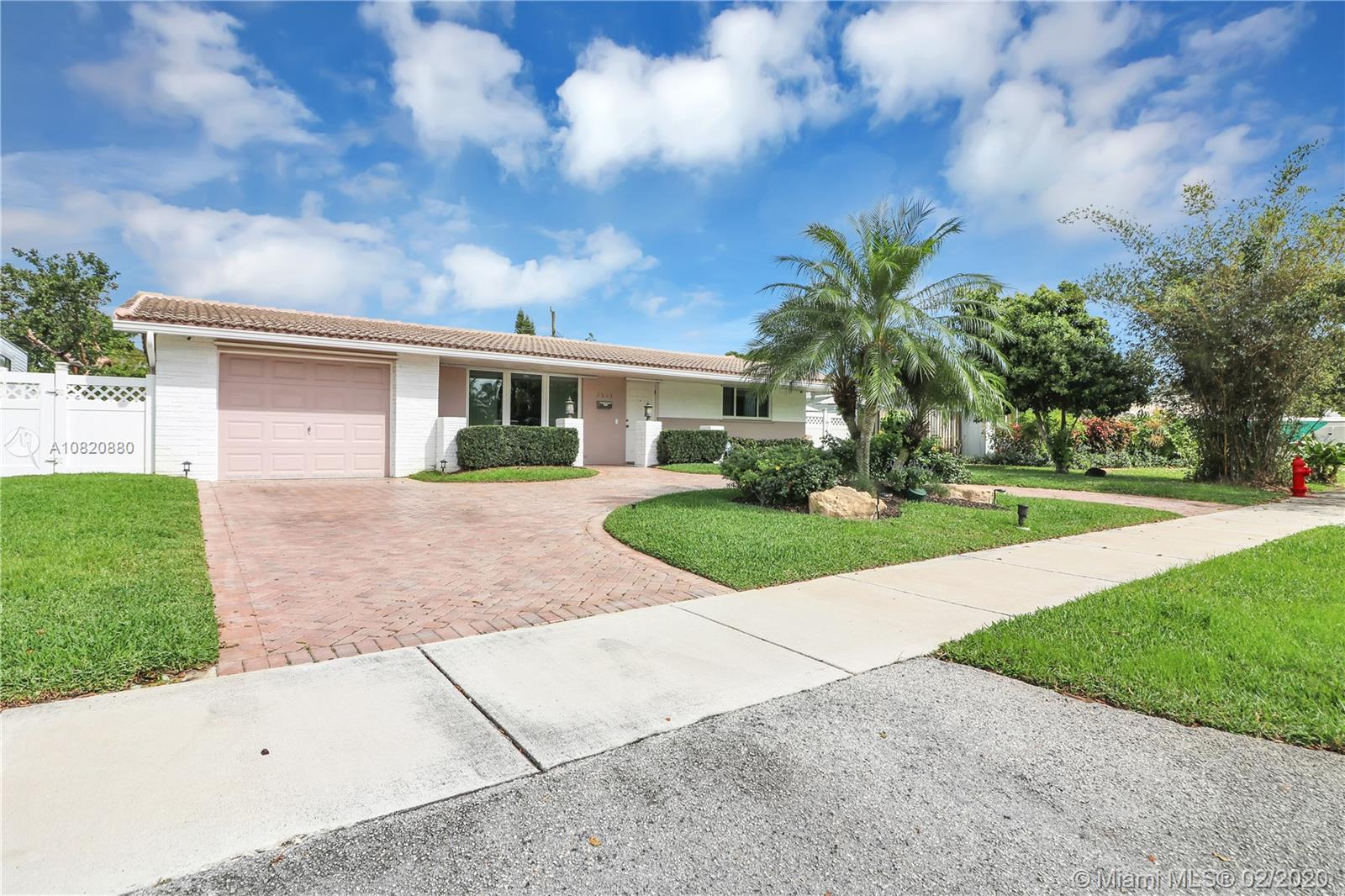 3361 SW 15th Ct  For Sale A10820880, FL