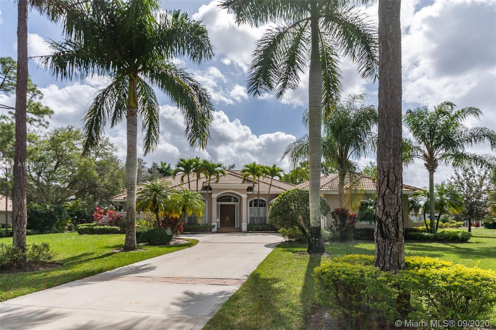 Details for 8834 Marlamoor Ln, Palm Beach Gardens, FL 33412
