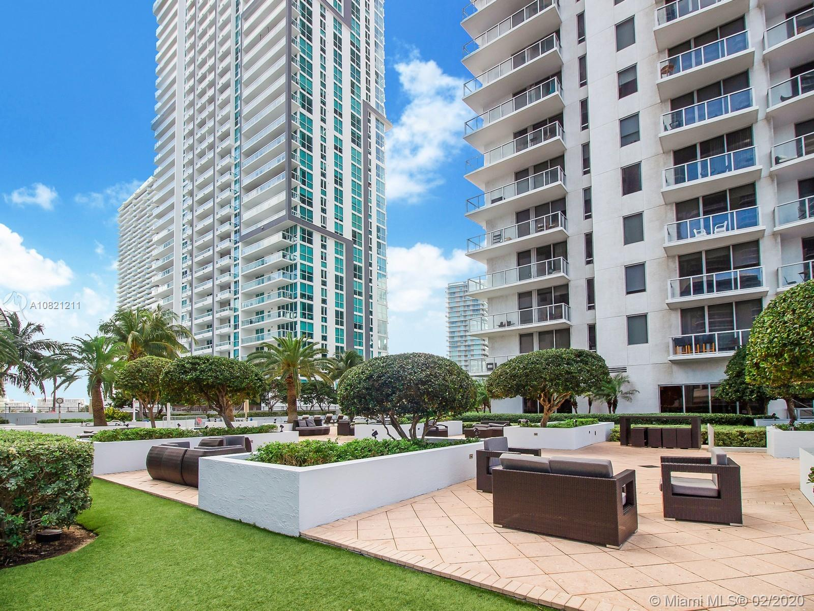 1060  Brickell Ave #2915 For Sale A10821211, FL