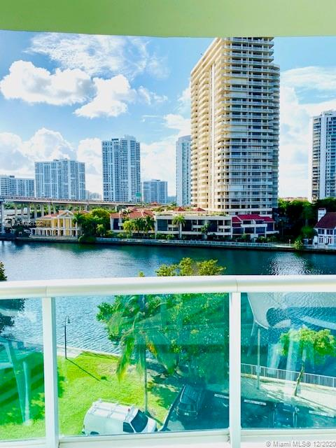 19390  Collins Ave #621 For Sale A10821322, FL