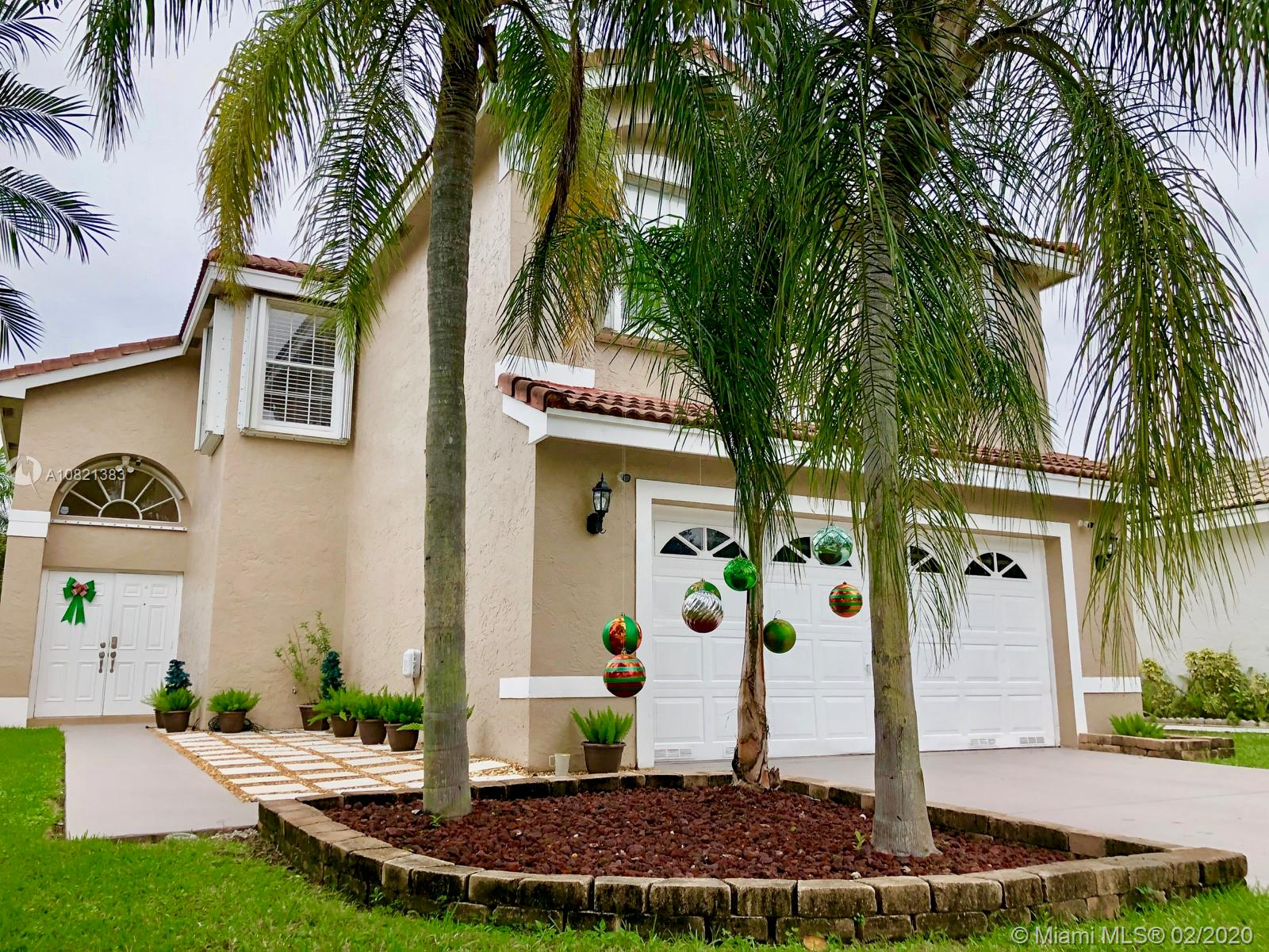 17643 SW 18th St  For Sale A10821383, FL