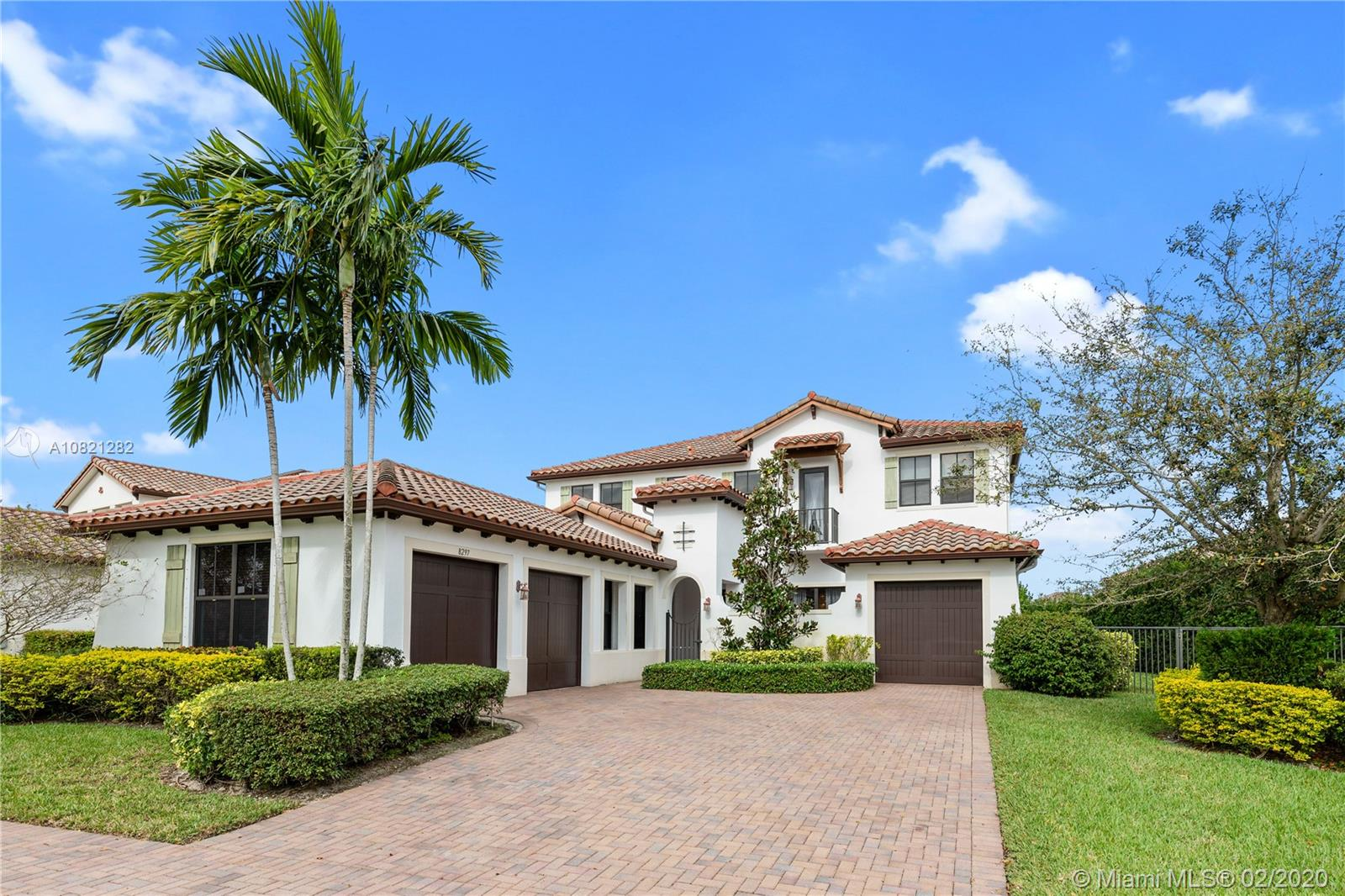 8297 NW 28th St  For Sale A10821282, FL