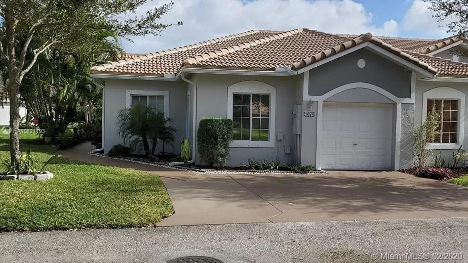 1070 SW 42nd Ter, Deerfield Beach, FL 33442