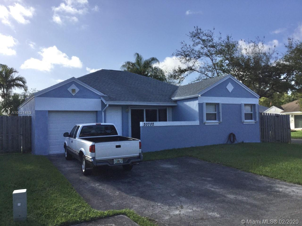 20702 SW 105th Ave  For Sale A10821483, FL