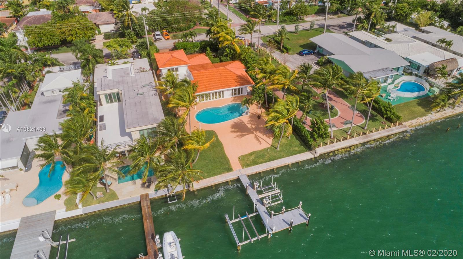 1700  Bay Dr  For Sale A10821493, FL