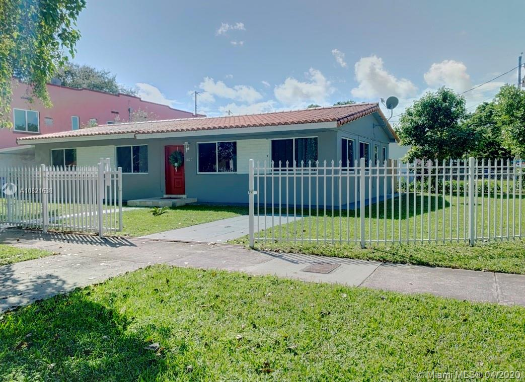 1000 SW 23rd Ave  For Sale A10821638, FL