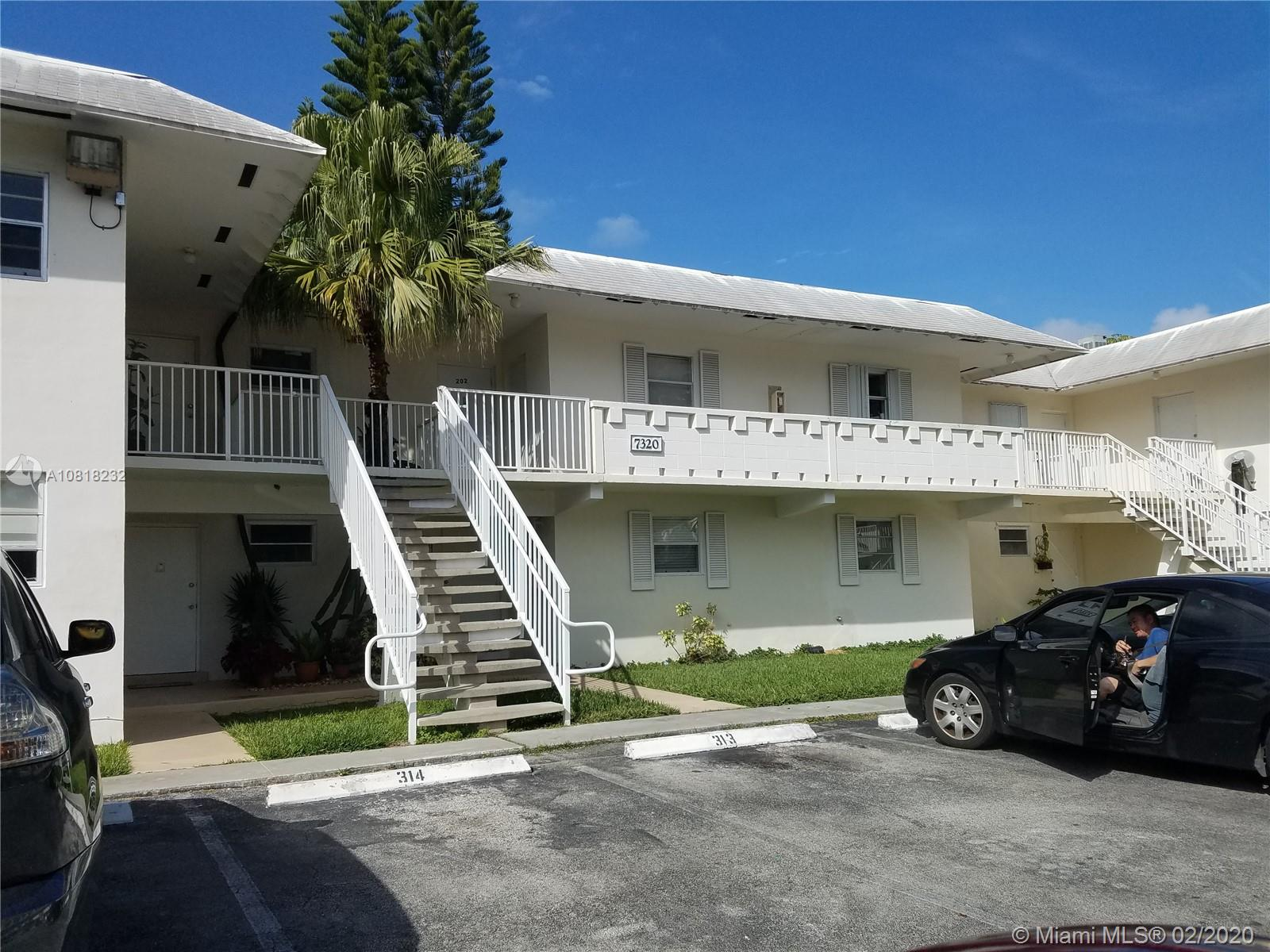 7320 SW 82nd St #B202 For Sale A10818232, FL