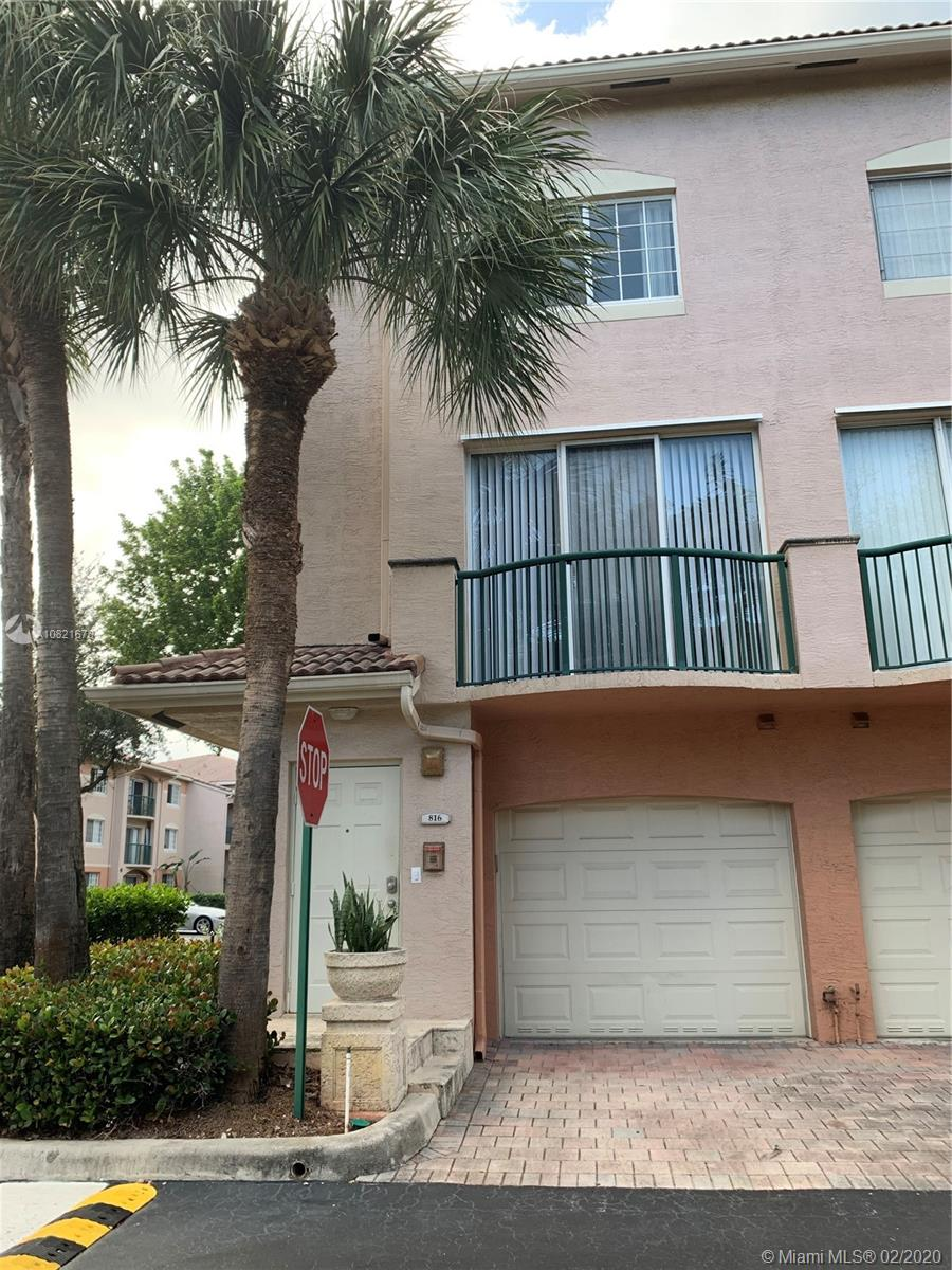 2107 SE 10th Ave #816 For Sale A10821678, FL