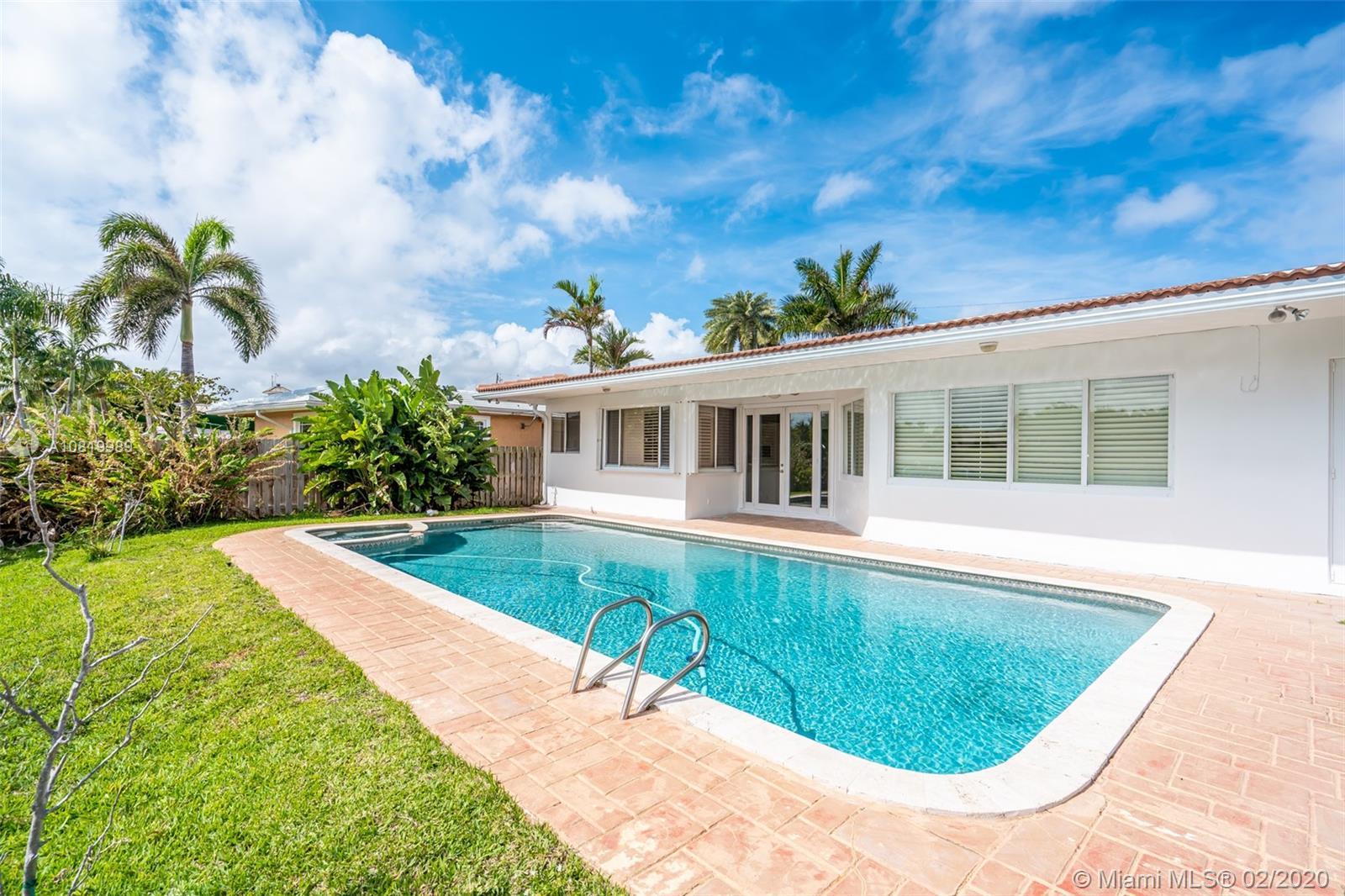 2636 Grace Dr, Fort Lauderdale, FL 33316
