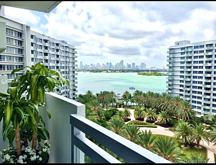 1500  Bay Rd #1066S For Sale A10821732, FL