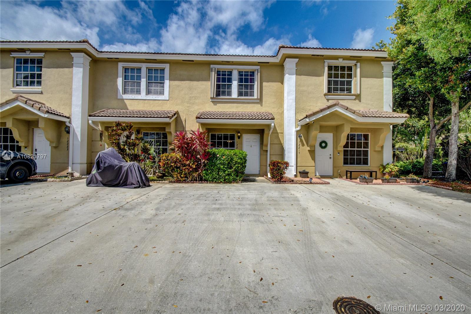 12219 SW 7th St  For Sale A10821797, FL