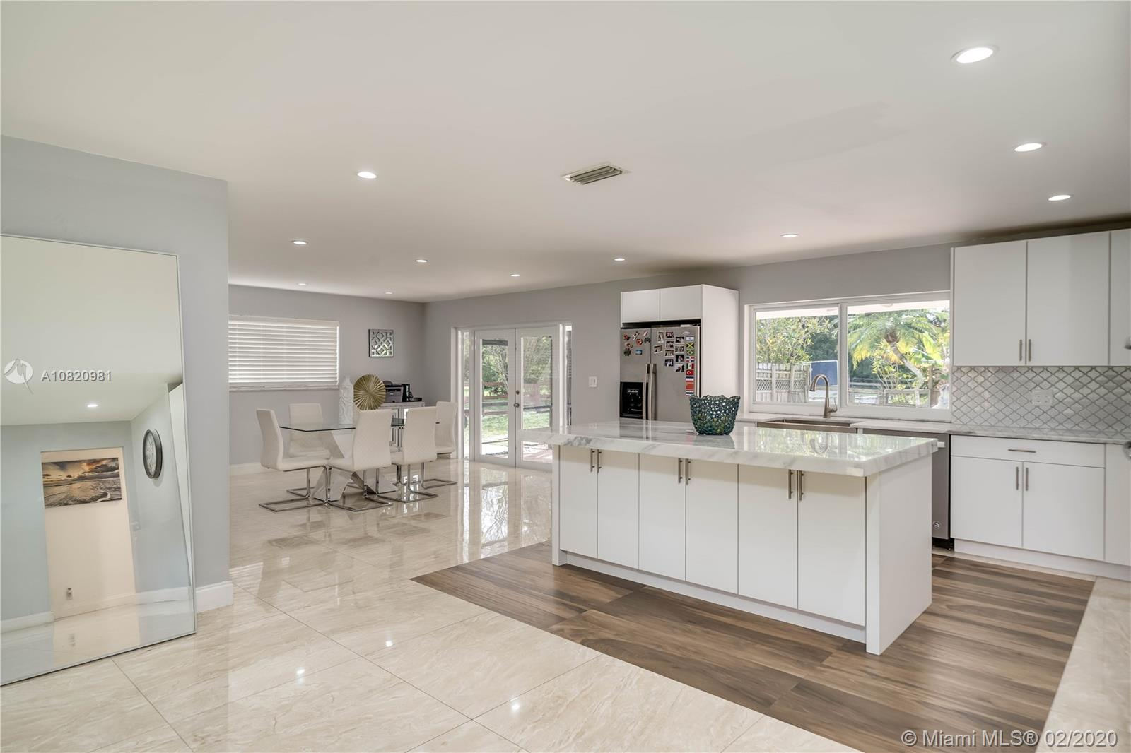 14200 SW 23rd St  For Sale A10820981, FL