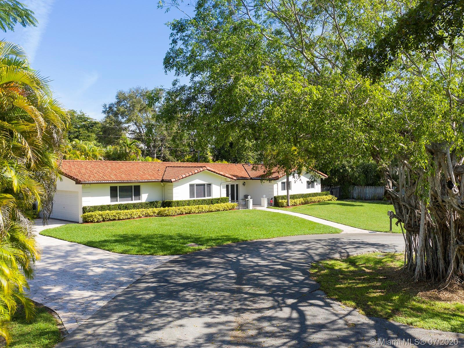 7605 SW 125th St  For Sale A10821952, FL
