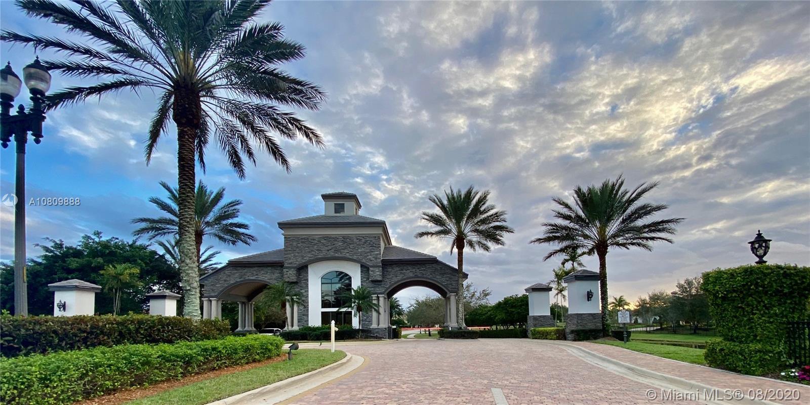 2841  Lake Ridge Ln  For Sale A10809888, FL