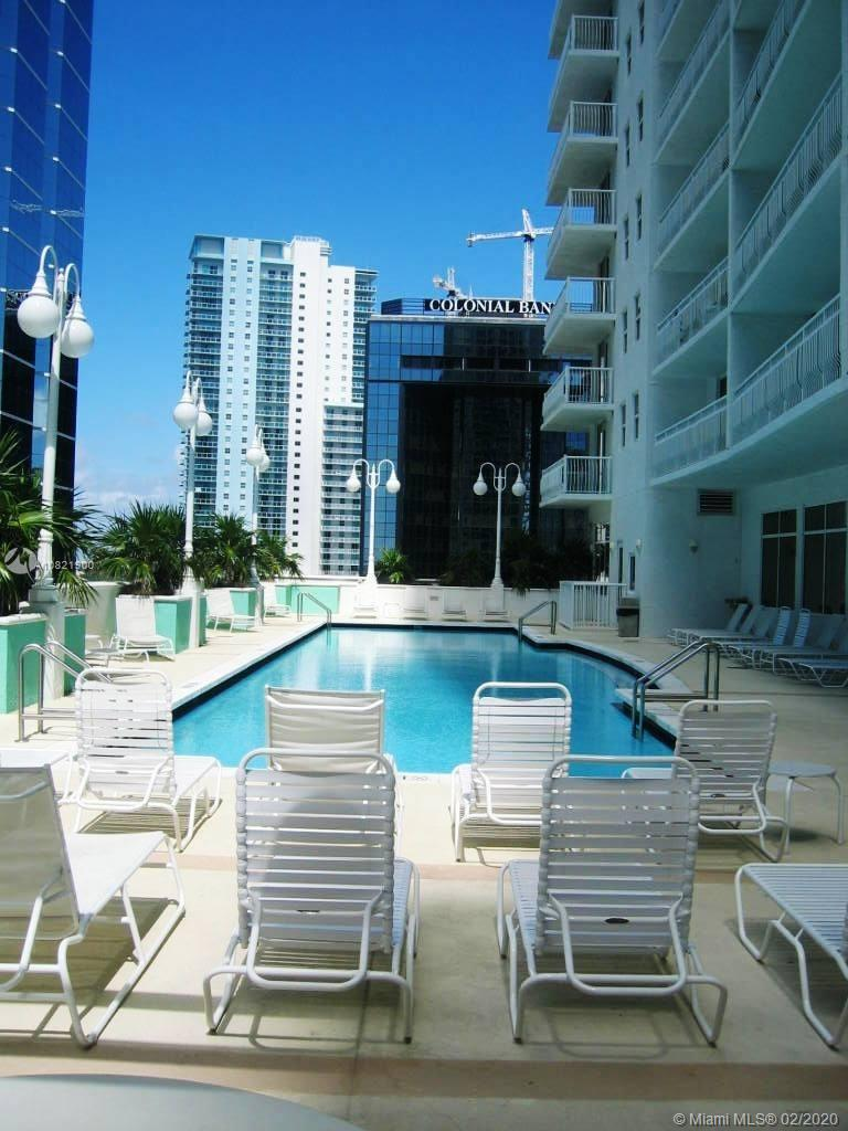 1200  Brickell Bay Dr #2515 For Sale A10821900, FL