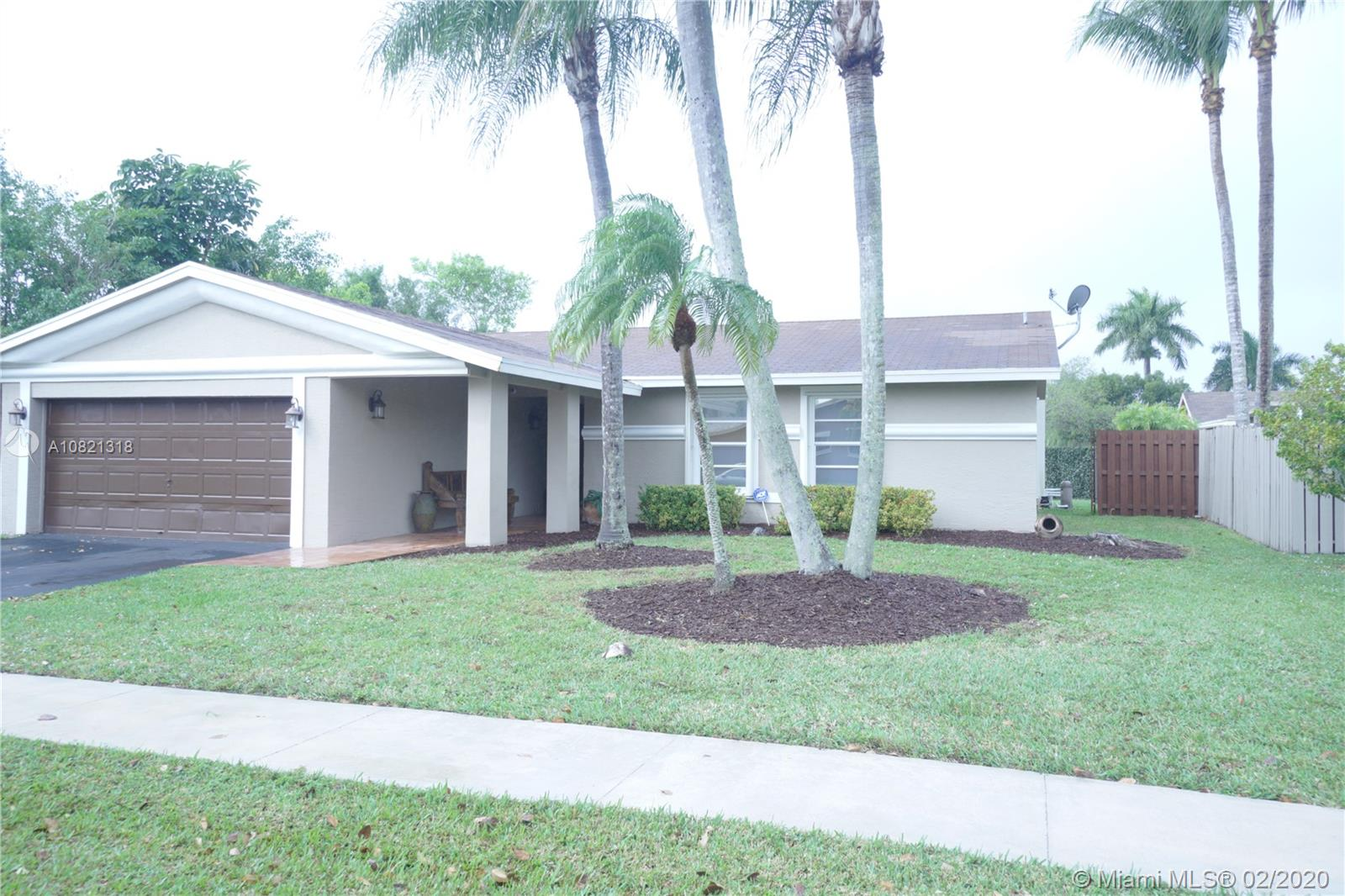 583 SW 168th Way  For Sale A10821318, FL