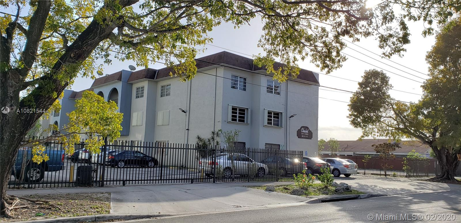 300 W 74th Pl #305 For Sale A10821544, FL