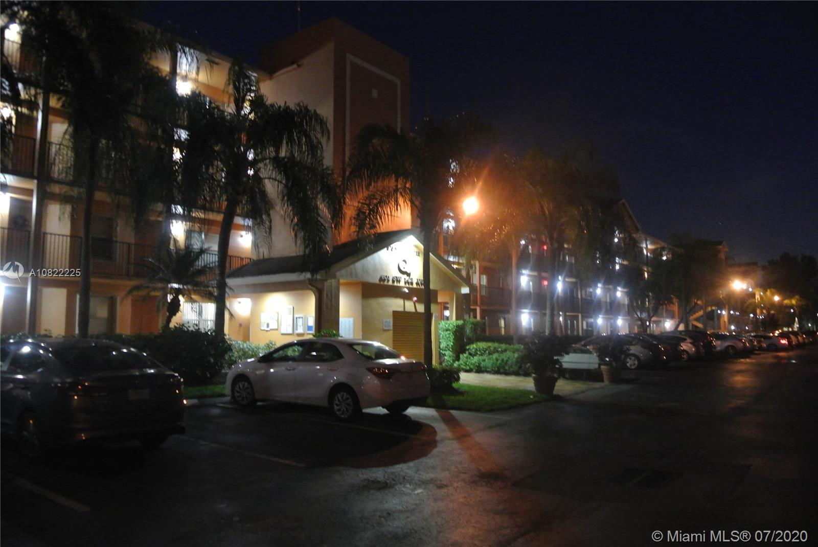 601 SW 142nd Ave #414Q For Sale A10822225, FL