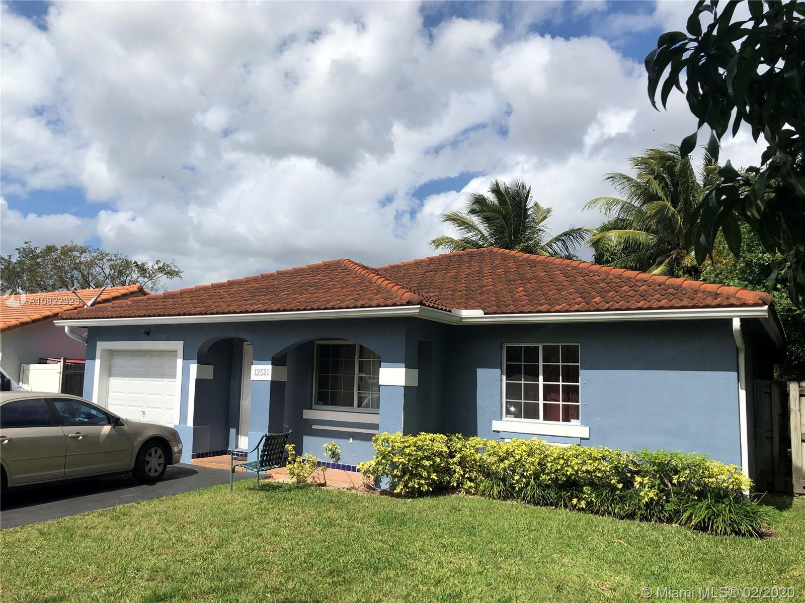 12521 SW 223  For Sale A10822323, FL