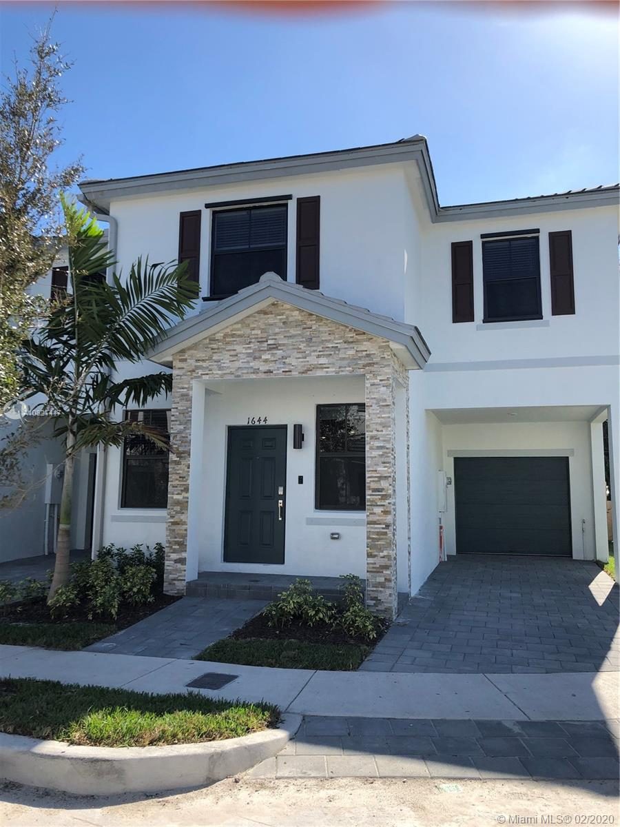 1644 SW 29th Street #1644 For Sale A10821417, FL
