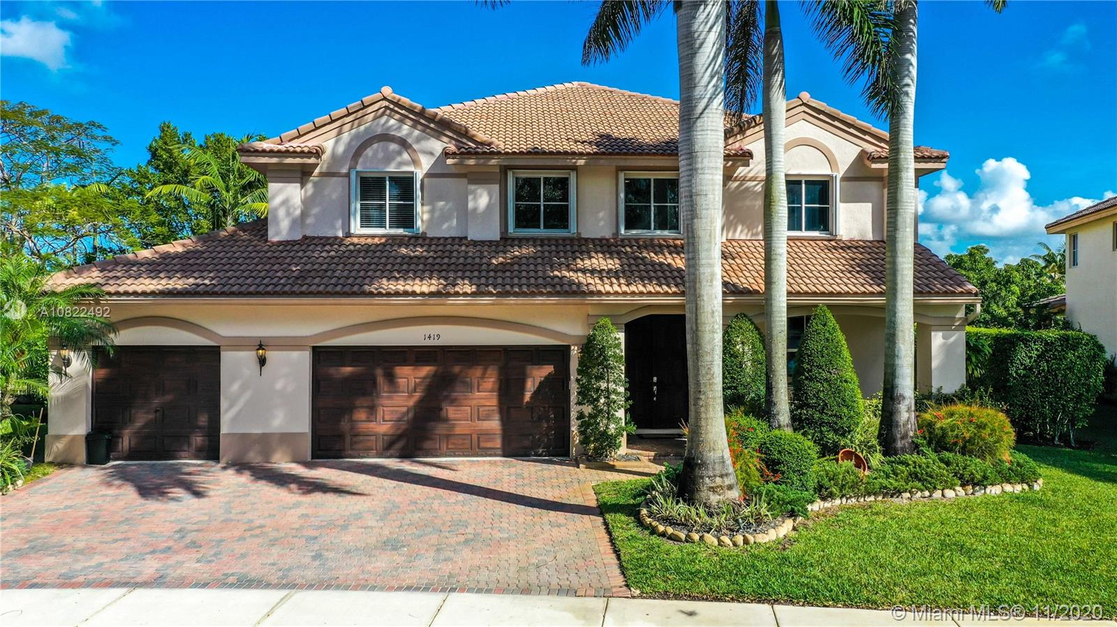 1419  Crossbill Ct  For Sale A10822492, FL