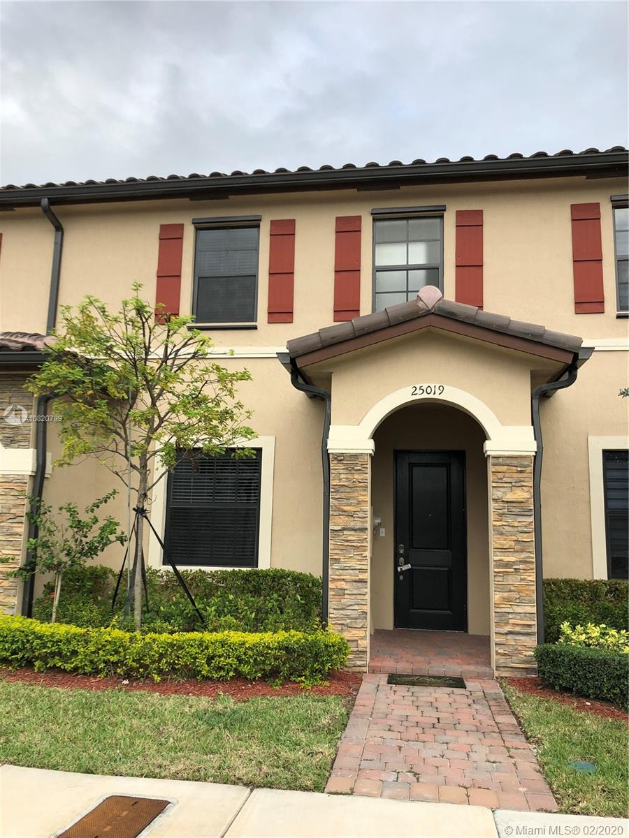 25019 SW 114th Ct #25019 For Sale A10820789, FL