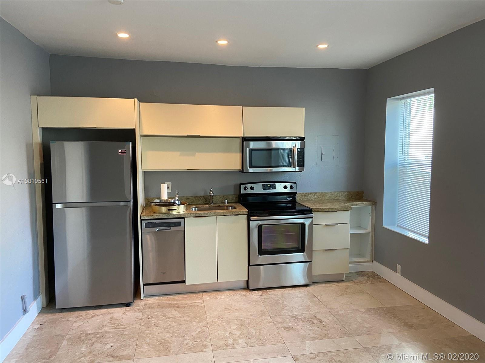 1618  Michigan Ave #3 For Sale A10819561, FL