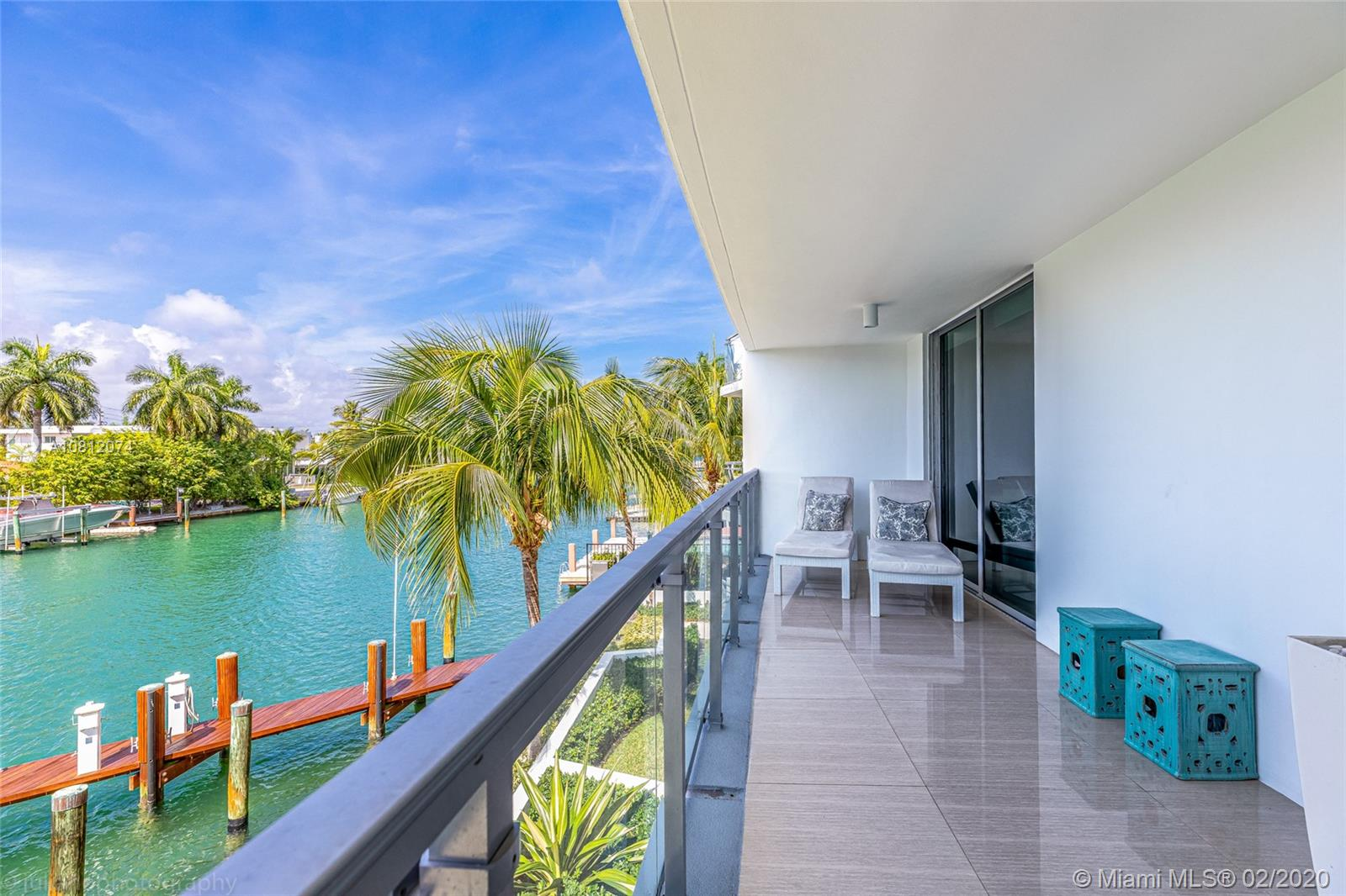 9400 W Bay Harbor Dr #203 For Sale A10812074, FL