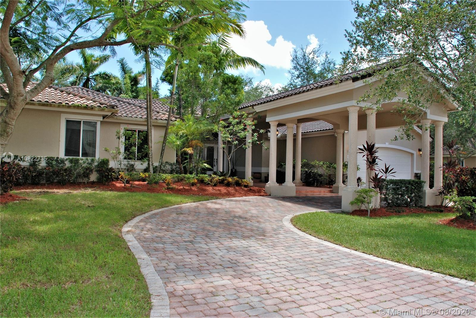 9562 SW 123rd Street  For Sale A10822735, FL