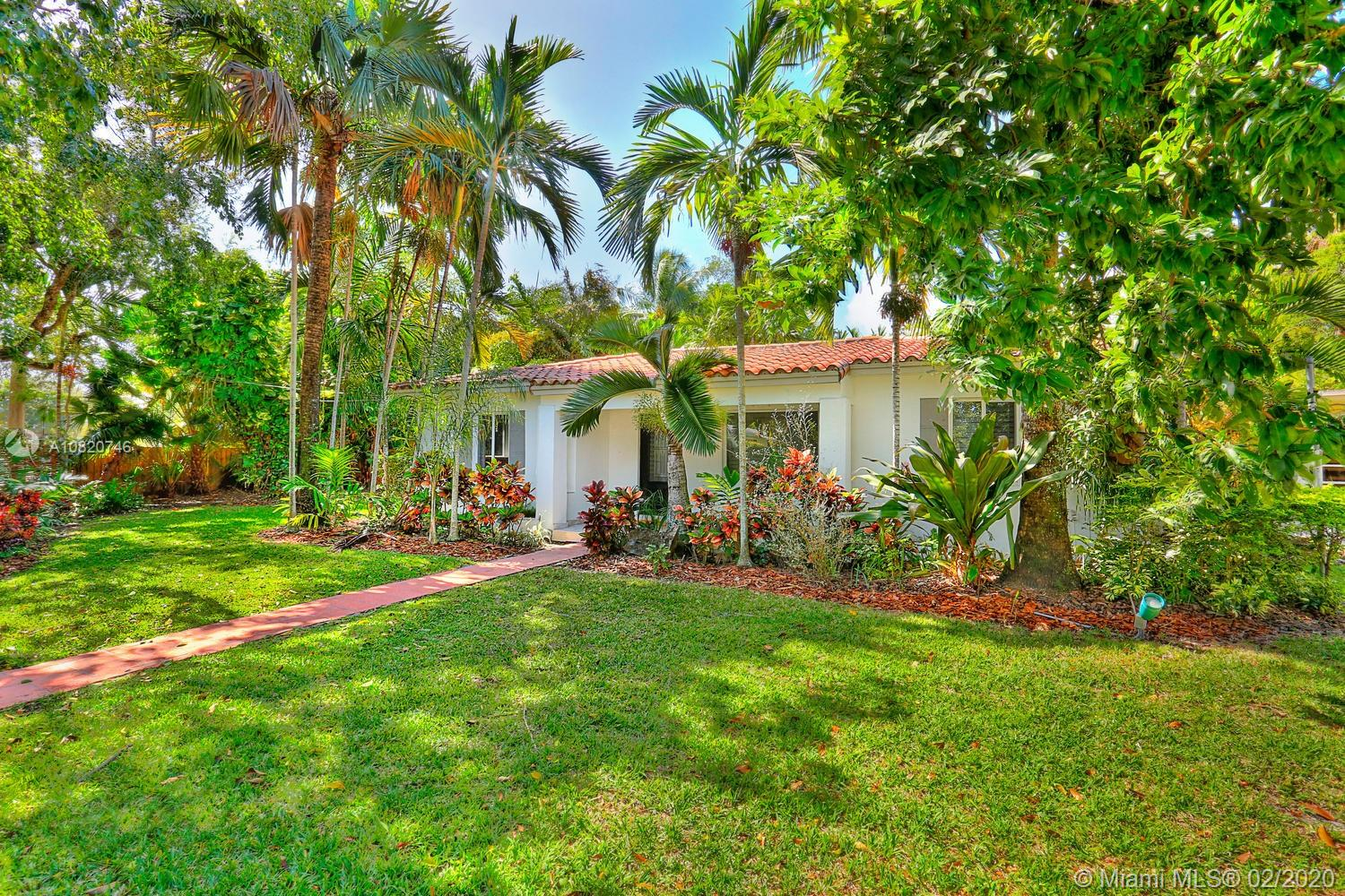 8010 SW 63rd Pl  For Sale A10820746, FL
