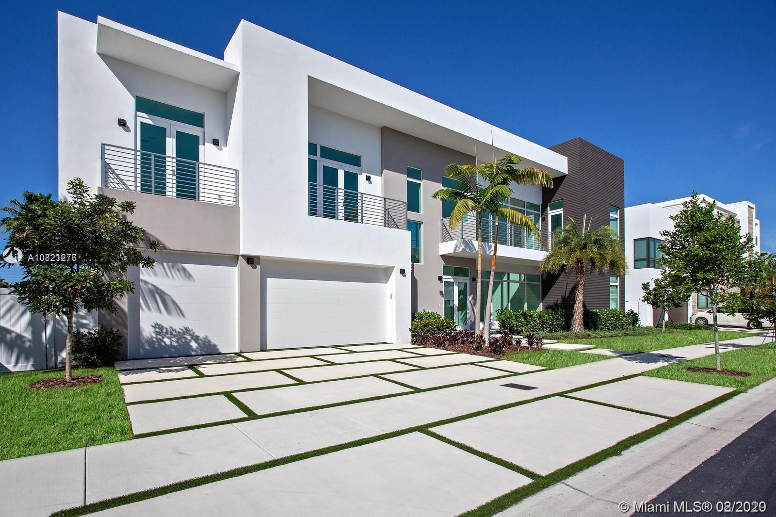 6810 NW 105th Ave  For Sale A10821276, FL