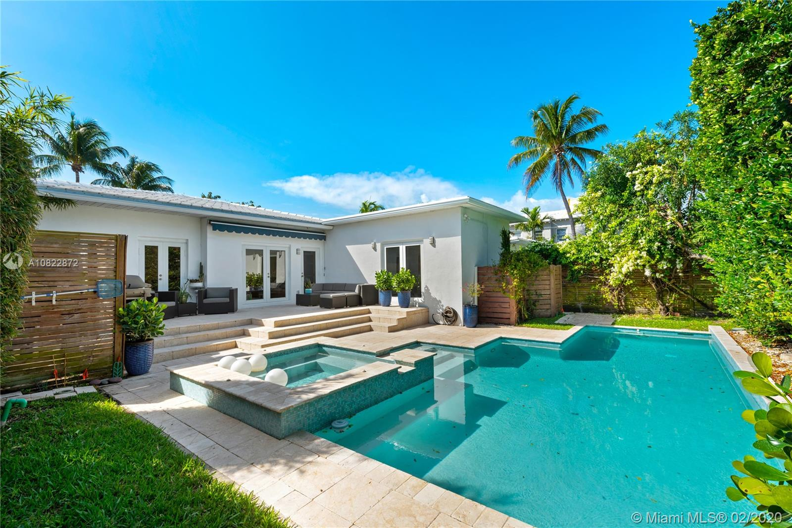 575 Lakeview Dr Miami Beach 33140