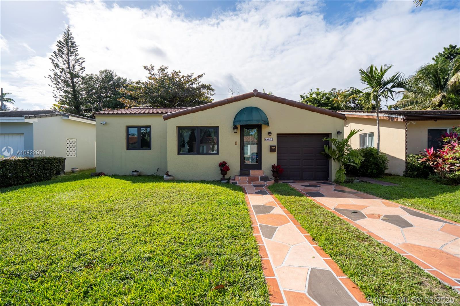 900  Wallace St  For Sale A10822974, FL