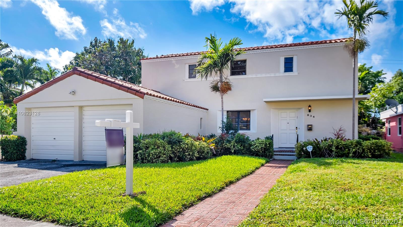 834 W 47th St  For Sale A10823128, FL