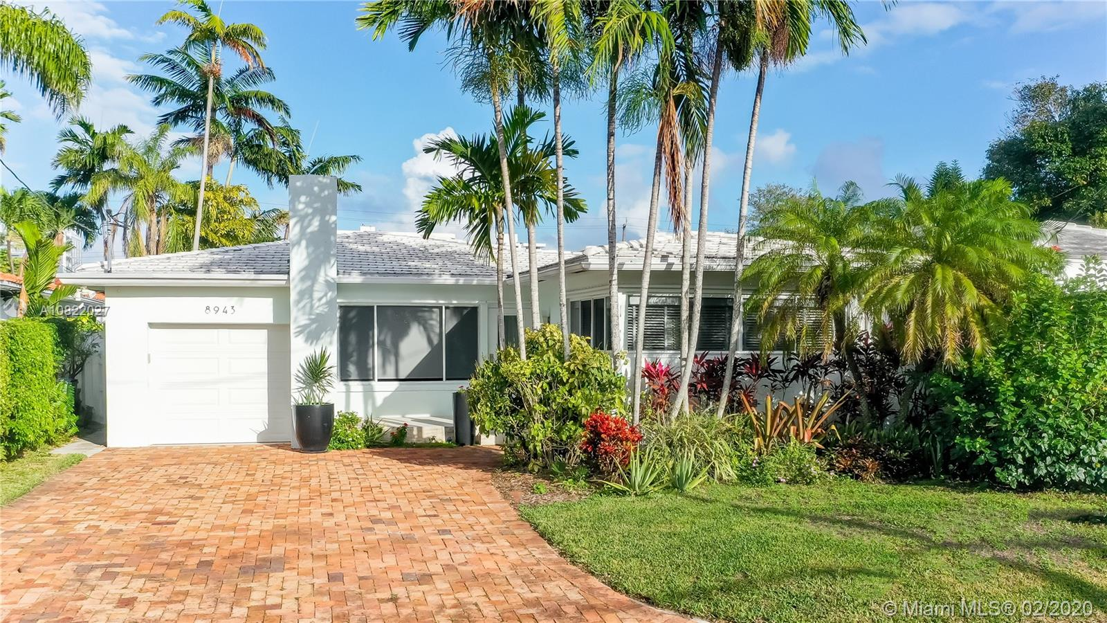 8943  Carlyle Ave  For Sale A10822027, FL