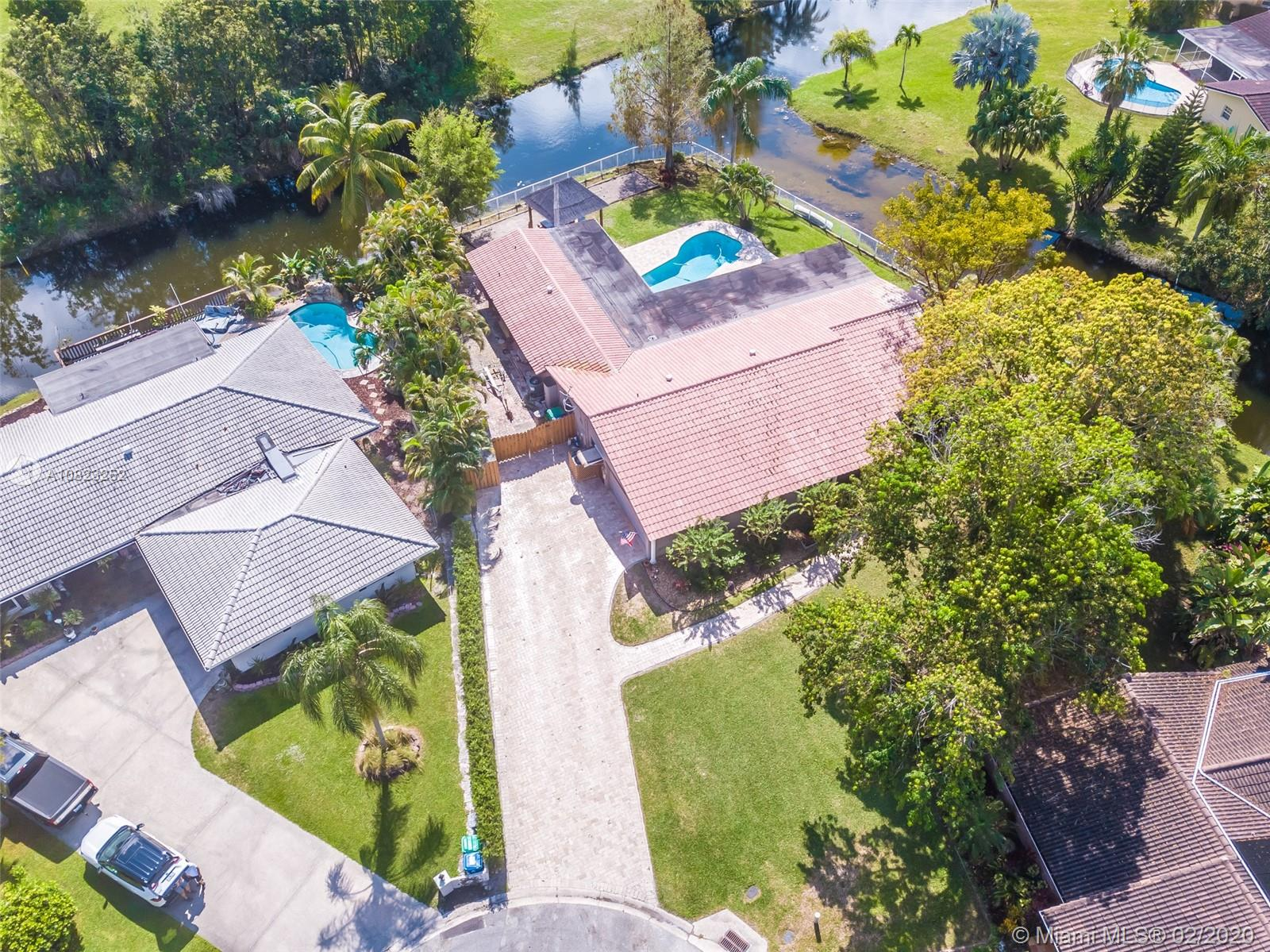 10170 NW 43rd St, Coral Springs, FL 33065