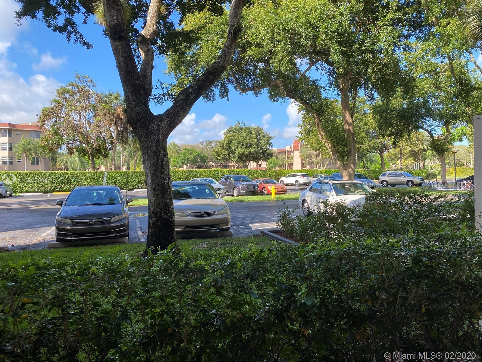 9480  Poinciana Pl #105 For Sale A10823004, FL