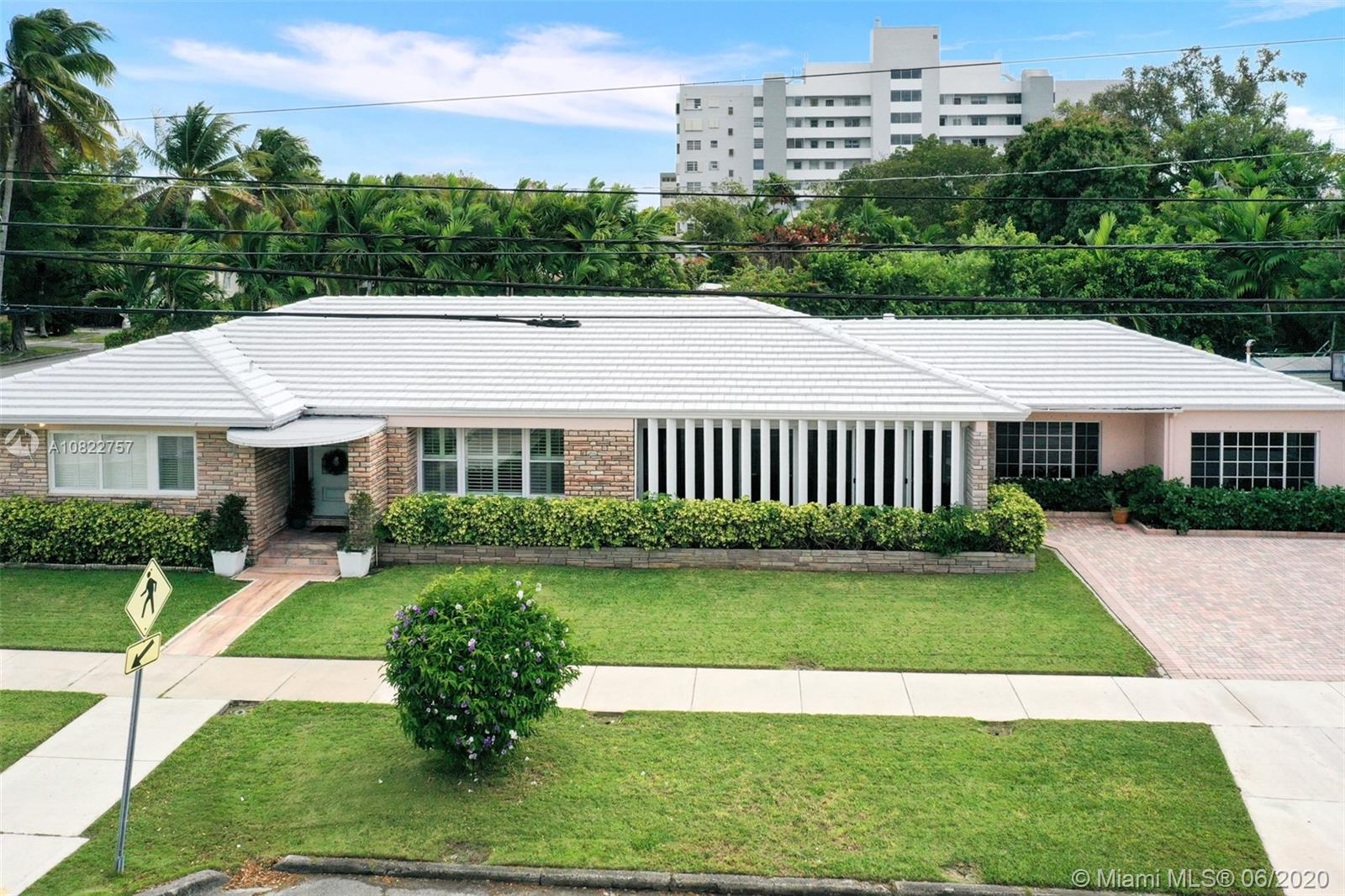 2901 SW 4 Ave  For Sale A10822757, FL